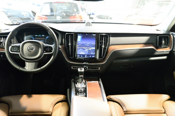 Volvo Xc60 D5 235ch Awd Inscription Luxe Geartronic