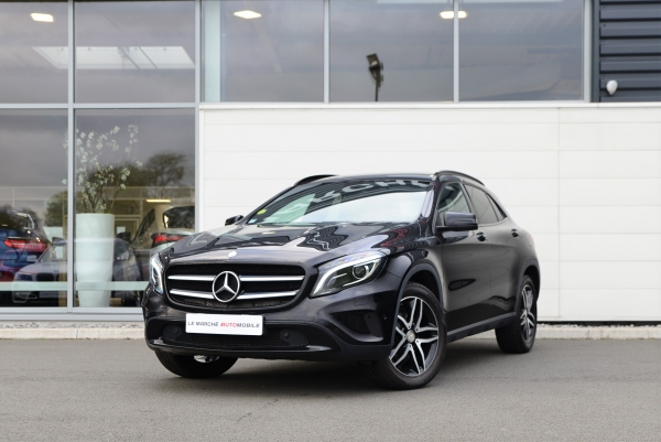 GLA 220D SENSATION 4MATIC 7G-DCT