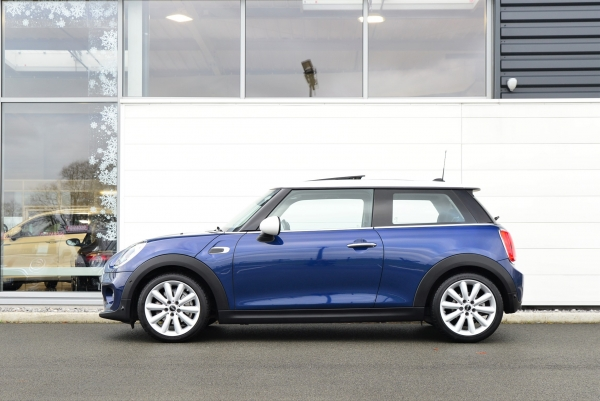 MINI COOPER D 116CH PACK CHILI