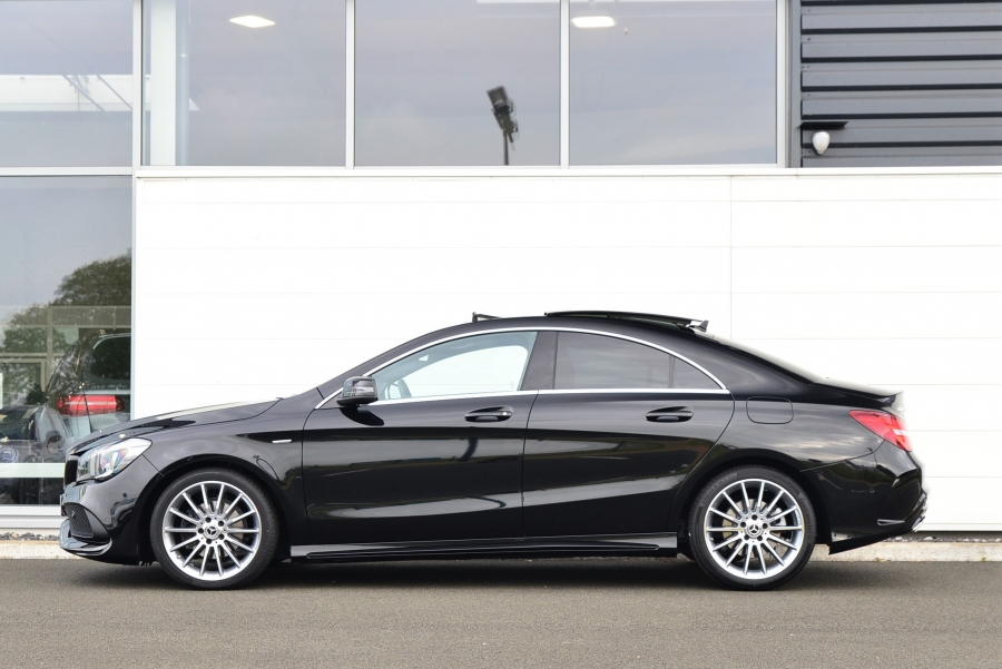 CLA 200 STARLIGHT EDITION 7G-DCT