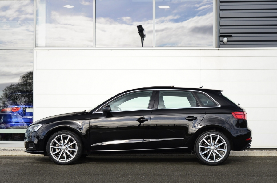 A3 SPORTBACK TDI 116 DESIGN LUXE S TRONIC