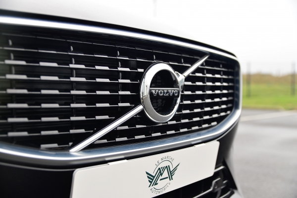 Volvo Xc60 D4 190 Ch R-design Geartronic 8