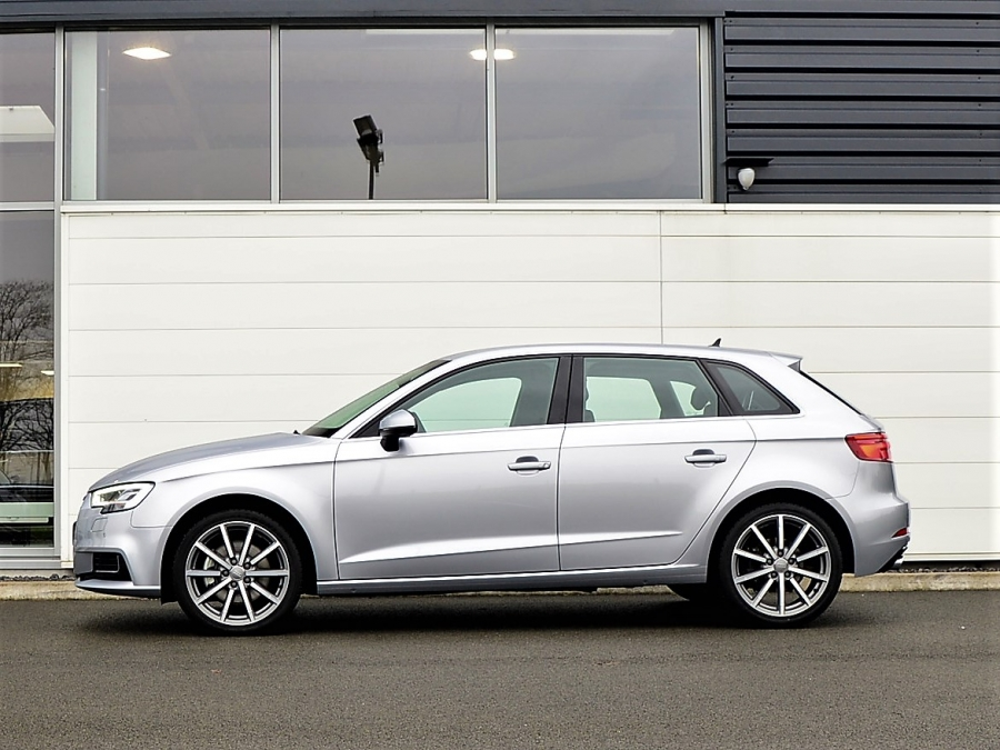 A3 SPORTBACK 35 TDI 150 DESIGN LUXE S TRONIC 7