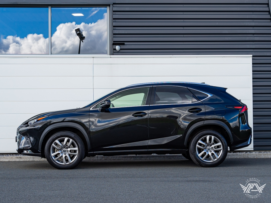 NX 300H AWD LUXE