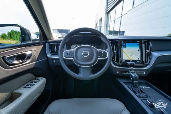 Volvo XC60 D4 190CH AWD BUSINESS EXECUTIVE GEARTRONIC 8