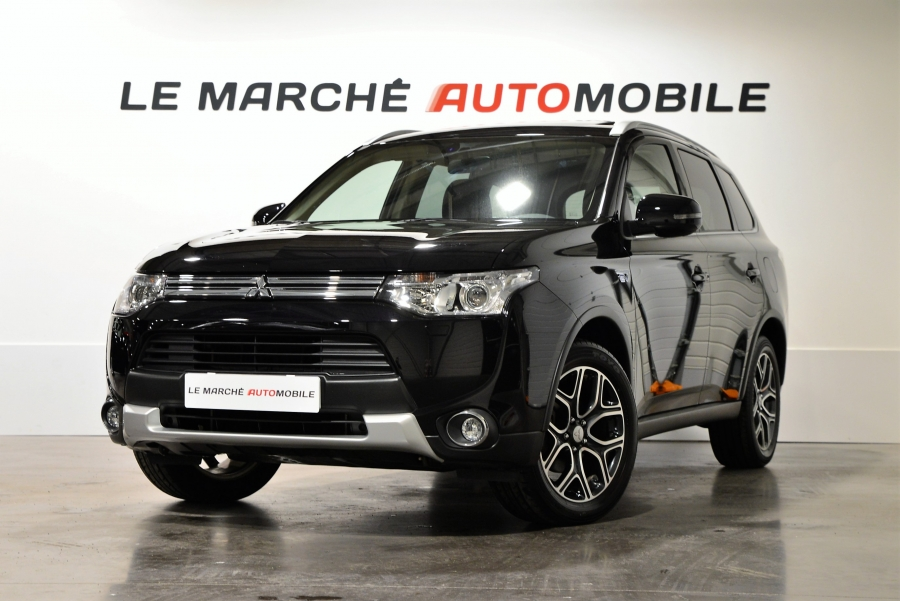 OUTLANDER PHEV HYBRIDE RECHARGEABLE INSTYLE SPORT