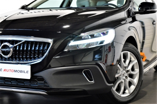 Volvo V40 Cross Country D3 150ch Summum Geartronic
